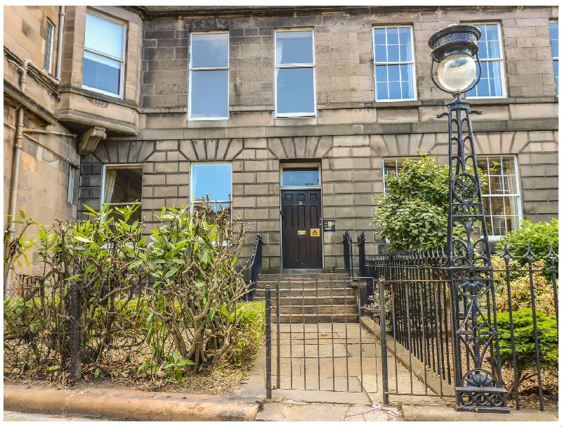 Click here for more about 3 Lynedoch Place